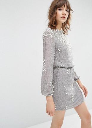 Платье мини с длинными рукавами и отделкой жемчугом и бисером фирмы asos
