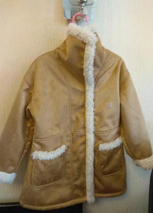 Пальто 5-6лет новое пролет