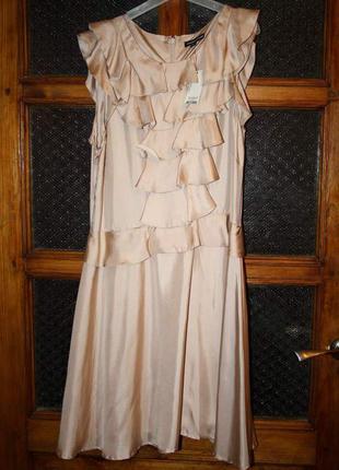 Платье  новое р.16 (50)