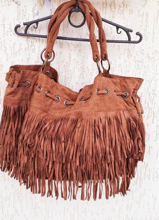 Крута, нереально вмістка сумка terranova з бахромою