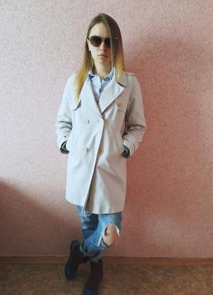 Пальто весенние, стильное, модное.