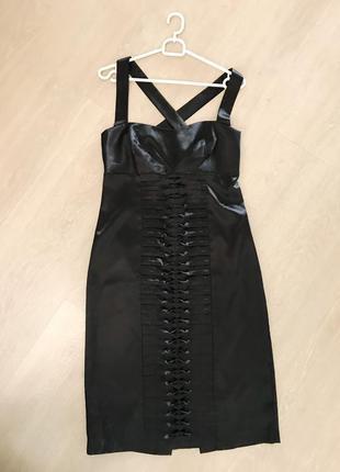 Нарядное атласное платье oodji 44/м