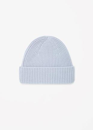 Шерстяная шапка cos