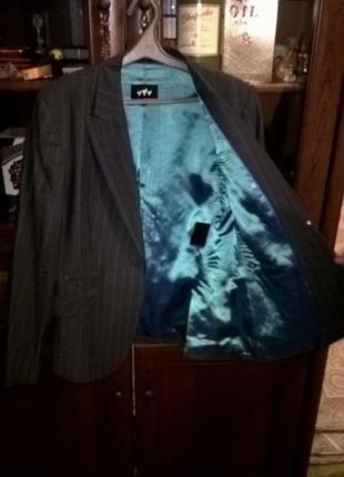 Стильный,супер качества пиджак.