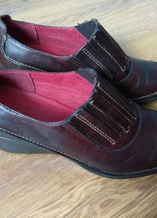 Туфли кожаные женские clarks