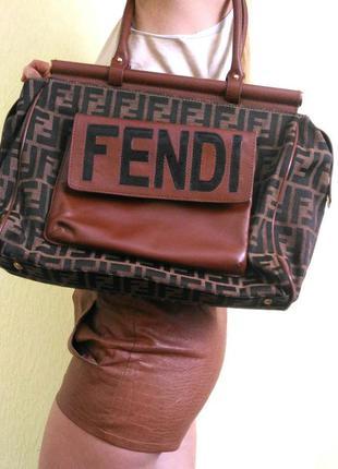 Fendi аутентичная редкая сумка, канва кожа