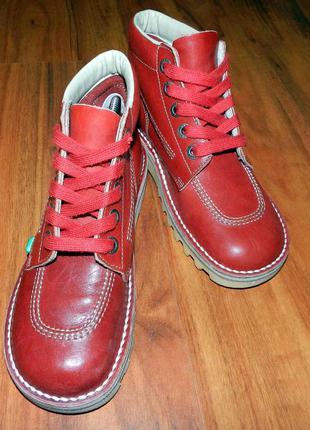 Стильные, яркие полностью кожаные ботинки kickers kick hi
