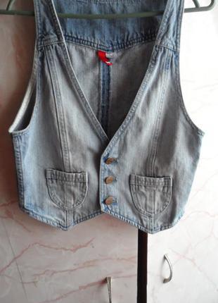 100% коттон! джинсовая жилетка! размер 36