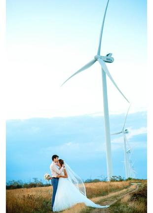 Акция !свадебное платье, пышное,со шлейфом, цвет айвори, ivory,  обшито бисером.4