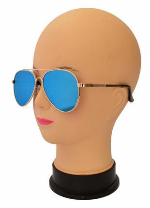 Стильные солнцезащитные очки формы авиаторы 3205