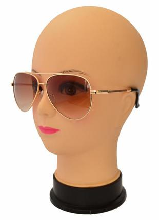 Стильные солнцезащитные очки формы авиаторы 3203