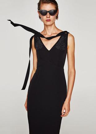 Zara стильное платье футляр  xs s m
