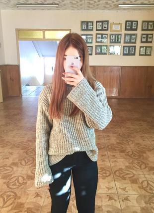 Очень крутой тёплый свитер