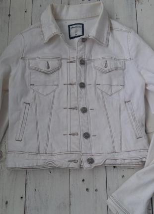 Пиджак джинсовый stradivarius, размер m (по бирке 170/88a) .