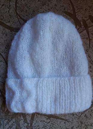 Женская вязаная шапка hand made