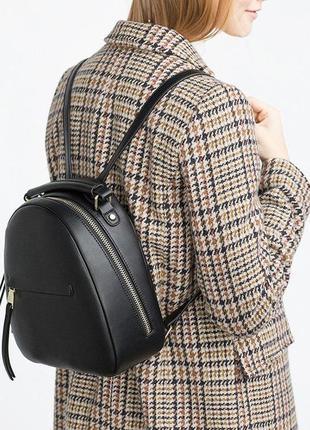 Черный маленький рюкзак zara