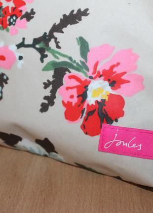 Красивая цветочная косметичка joules