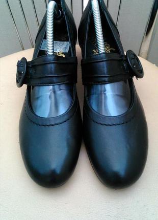 Rieker 42 p. кожаные классические туфли