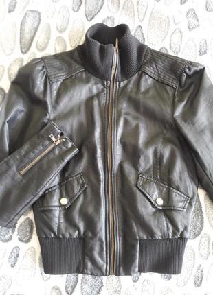 Куртка под кожу oodji