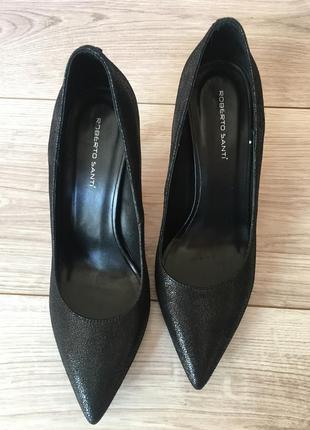 Кожаные  классические туфли лодочки\ босоножки на шпильке на выпускной