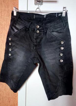 Джинсовые мужские шорты на пуговицах