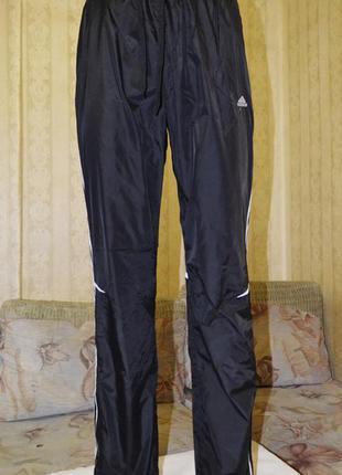 Новые спортивные брюки( на х/б подкладке) р.м(44-46)для подростка