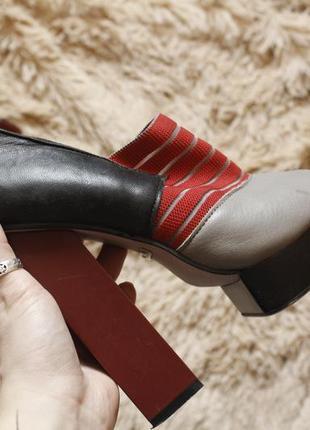Оригінальні туфлі
