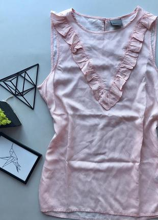 Роскошьная удлинееная полосатая  нюдовая бежевая свободная блуза с рюшами