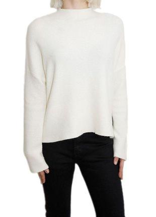 Белоснежный теплый свитер от h&m