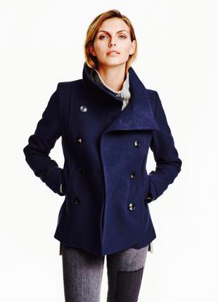 Стильное пальто на весну-осень