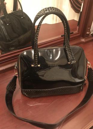 Чёрная силиконовая сумка бочонок furla candy bag black