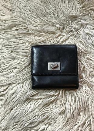 Маленький кожаный кошелёк