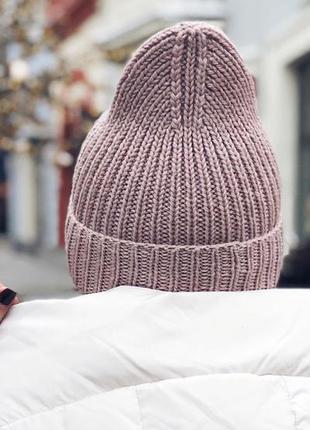В наличии модная вязаная шапка бини uno с высокой макушкой три цвета