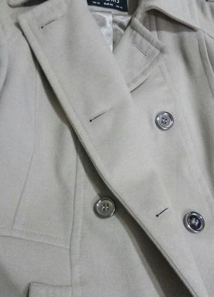 Утонченное пальто 42р