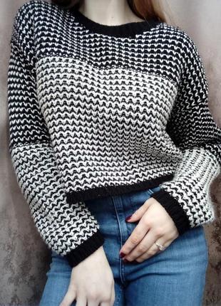 Стильный свитер от f&f