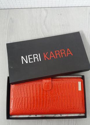 Цена дня!новая визитница тисненая кожа красный neri karra