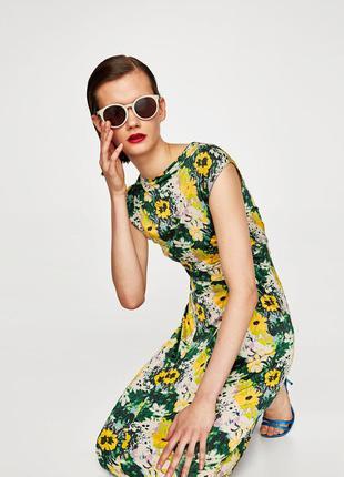 Zara платье в цветочек