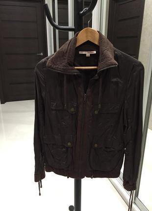 Куртка коричневая нейлон