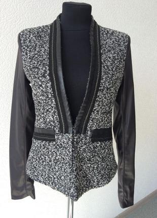 Костюм (пиджак, юбка), s