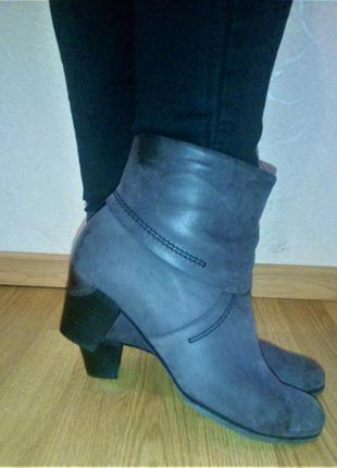 Португалия! шикарные, кожаные ботиночки! стелька 25.5 см!
