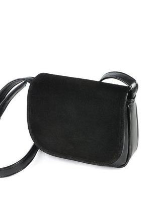 Замшевая черная маленькая сумочка через плечо кроссбоди