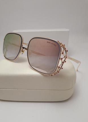 Новинка 2018 солнцезащитные очки с нежно розовой линзой