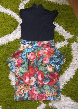 Платье с баской цветочный принт