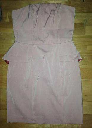 Коктейльное платье с баской