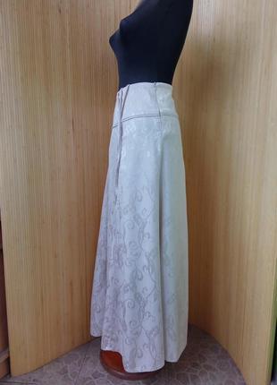 Пудровая длинная юбка с принтом fidan3
