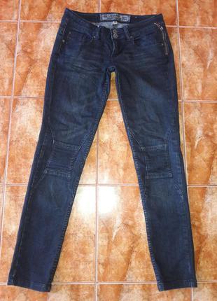 Модные джинсы urban surface