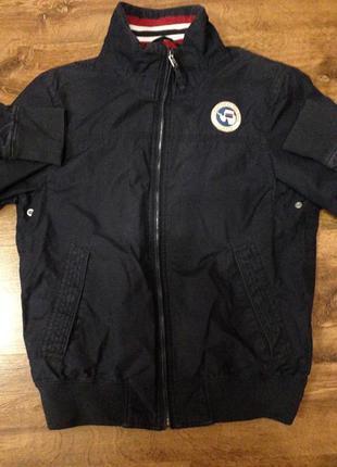 Брендовая куртка ветровка