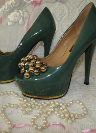 Болотные туфли босоножки лабутены hamengsi