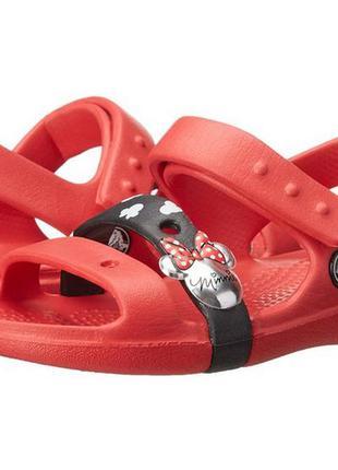 Босоножки crocs keeley sandal minnie c8 дефект