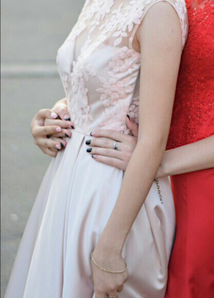 Вечернее, свадебное и выпускное платье